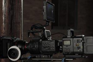 co oferuje wypozyczalnia kamer